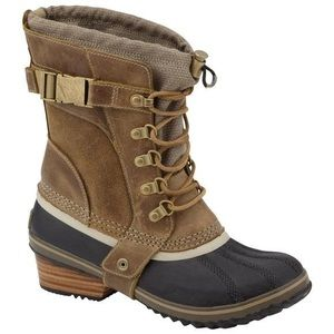 Sorel Shoes - Sorel Women's Conquest Carly Short Winter Boot